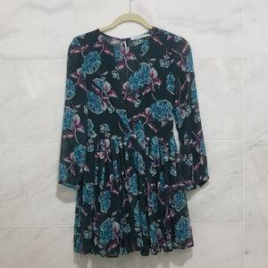 Floral Kimchi Blue Pleated Dress